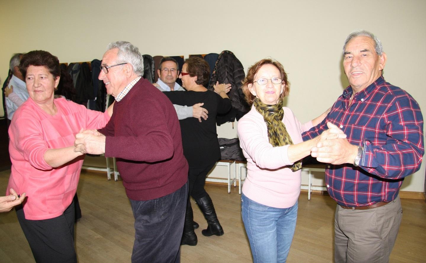 Abiertas las inscripciones para las clases gratuitas de for Academias de bailes de salon en madrid