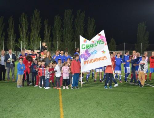 """Los vecinos de Humanes de Madrid muestran su solidaridad con el partido de fútbol benéfico a favor de la Asociación """"Cuenta Conmigo"""""""