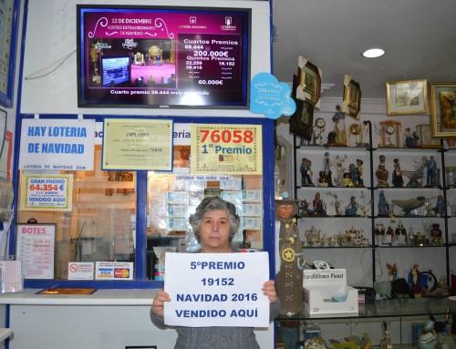Uno de los quintos premios de la Lotería de Navidad, el 19.152, vendido en Humanes de Madrid