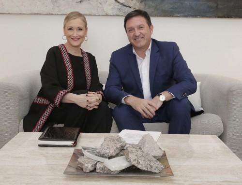 José Antonio Sánchez se reúne con la presidenta de la Comunidad de Madrid, Cristina Cifuentes