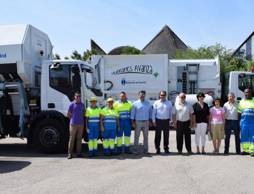 El Ayuntamiento de Humanes de Madrid presenta los nuevos vehículos de recogida de basura viaria, sin coste para las arcas municipales