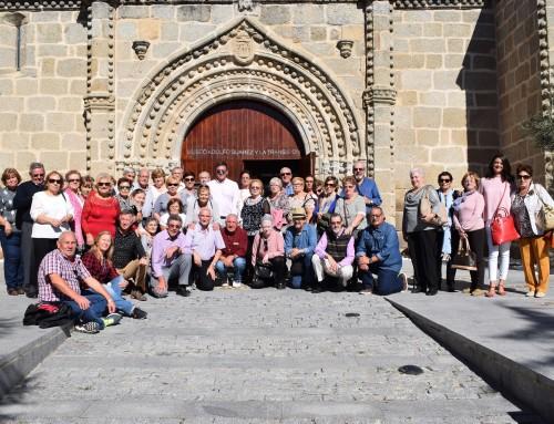 """Los mayores de Humanes de Madrid visitaron el Museo """"Adolfo Suárez y la Transición"""" en Cebreros (Ávila)"""