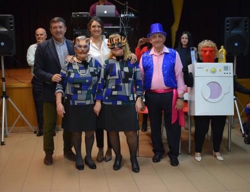 Los mayores, pensionistas y jubilados de Humanes de Madrid celebran, un año más, el Carnaval