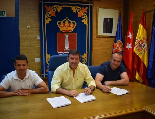 José Antonio Sánchez firma un convenio de colaboración con el Club Deportivo Humanes