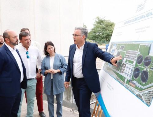El alcalde de Humanes de Madrid visita la depuradora de Arroyo Culebro para comprobar el proceso de tratamiento de las aguas residuales