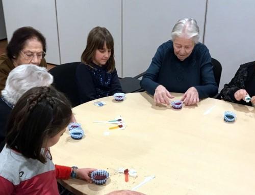 """""""Minicallejeros"""" visita la residencia de mayores de Humanes de Madrid"""
