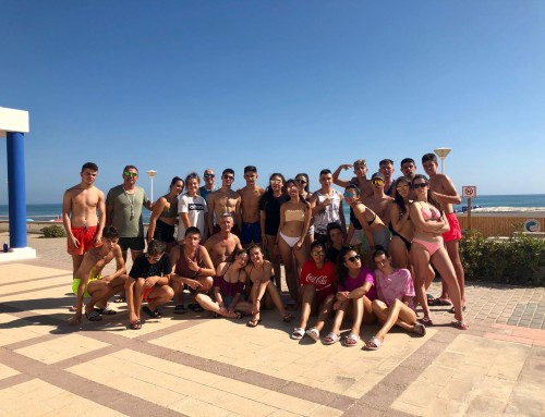 Durante una semana 27 jóvenes de Humanes de Madrid, disfrutan del campamento de playa en Piles (Valencia)