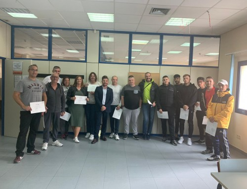 18 vecinos de Humanes de Madrid finalizan el curso de operador en el manejo de Carretillas Elevadoras.