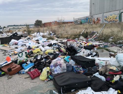 El ayuntamiento de Humanes de Madrid aplicará la sanción máxima de hasta 3.000 euros por vertidos incontrolados.