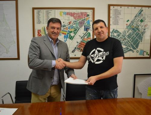 Convenio de colaboración para fomentar y promover la práctica de boxeo en Humanes de Madrid.