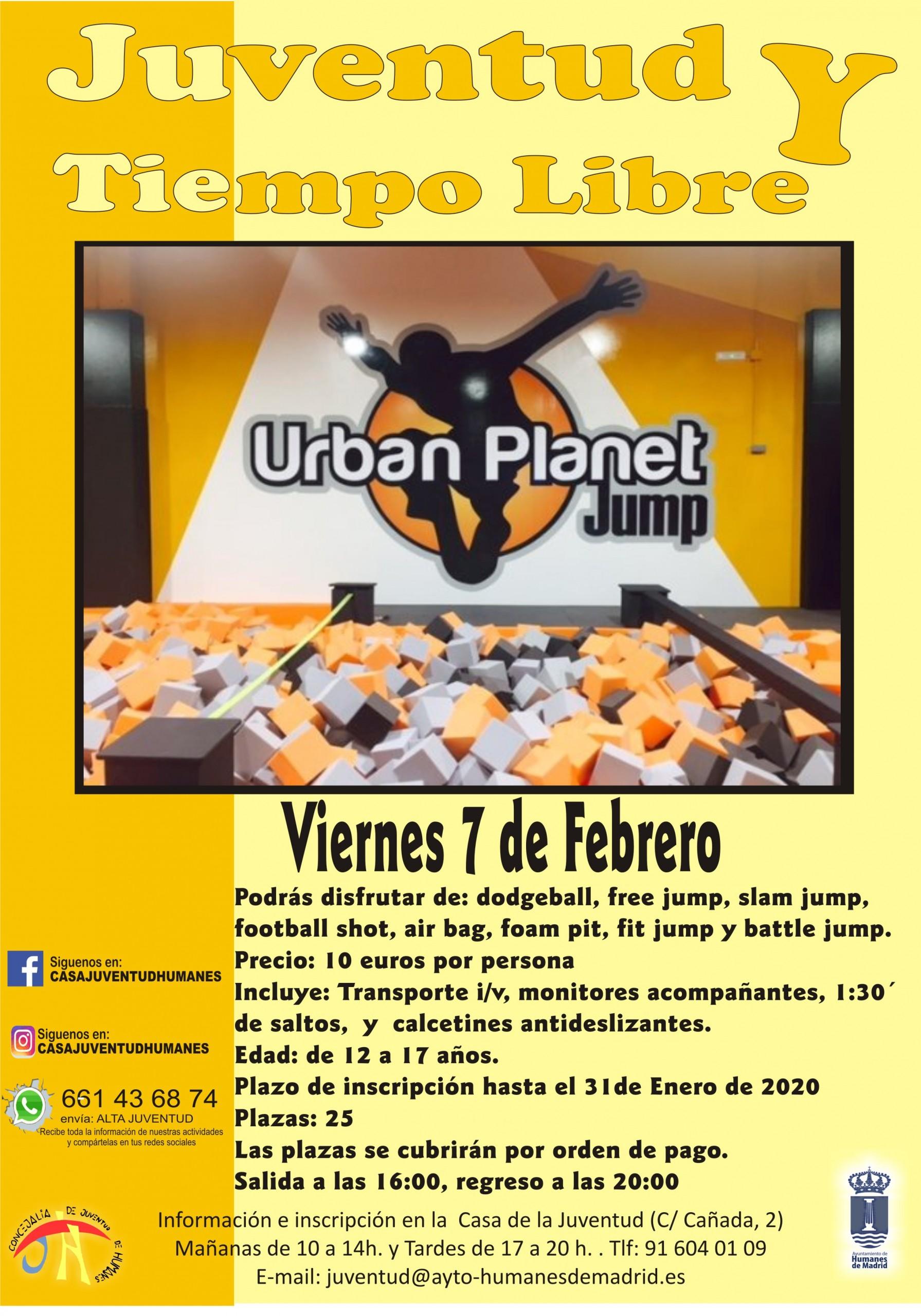 Juventud organiza una jornada de saltos y piruetas en el «Urban Planet Jump».