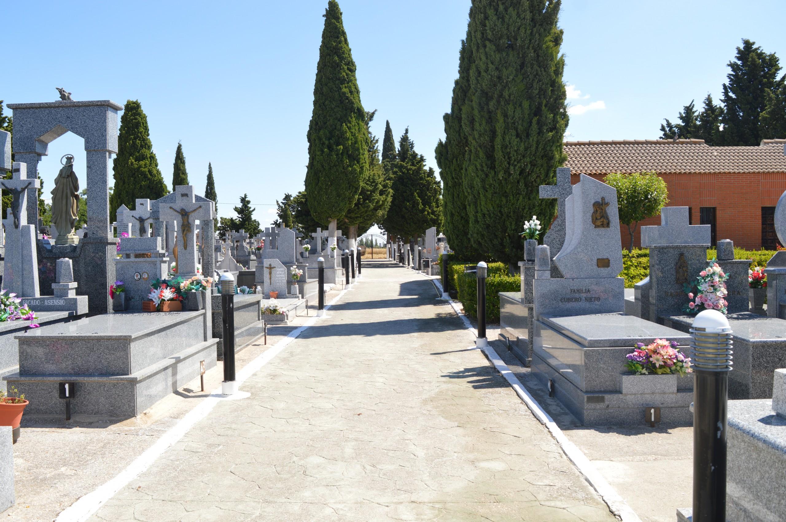 Reabierto el cementerio municipal con su horario habitual.