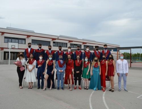 Graduación de la 1ª promoción de bachillerato de los alumnos del colegio La Dehesa de Humanes y reconocimiento al esfuerzo y a los mejores expedientes académicos.